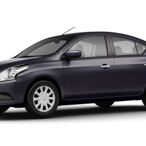 Nissan, Versa Full (automático), New